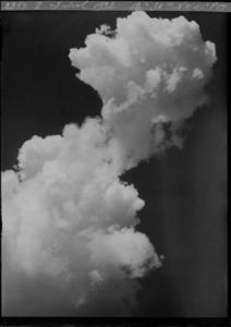 Fotografia de núvols presa el 8 de juliol de 1932 (ref. CTC-SMC660C-D2897)