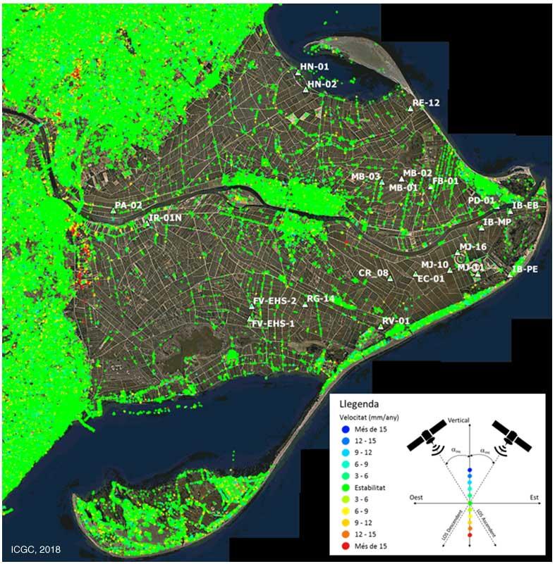Estudi de moviment vertical del terreny al Delta de l'Ebre amb imatges Sentinel-1. Els triangles blancs indiquen la presència d'un reflector artificial.
