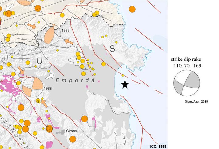 Fragment del Mapa de sismicitat de Catalunya 1977-1997 1:400.000 (ICC, 1999) i mecanisme focal del terratrèmol principal.