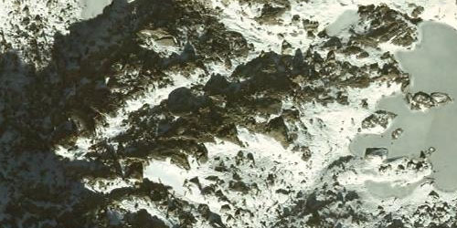 Imatge aèria d'una zona innivada.