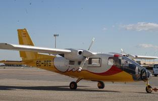 L'avió Partenavia P-68 Observer.